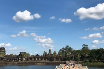 Angkor Grand Circuit with Banteay Srey & Roluos Group