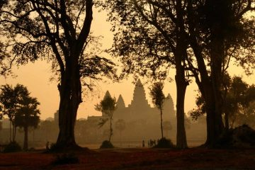 2-Day Angkor Small and Grand Tour with Adventure Activities